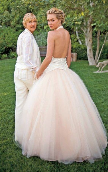 ellen-degeneres-and-portia-de-rossi-wedding-phot